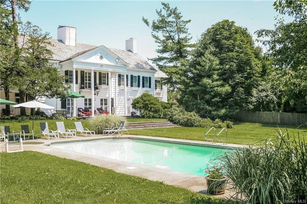 Residential for Sale at 2 Elm Hill Drive Rye Brook, New York 10573 United States