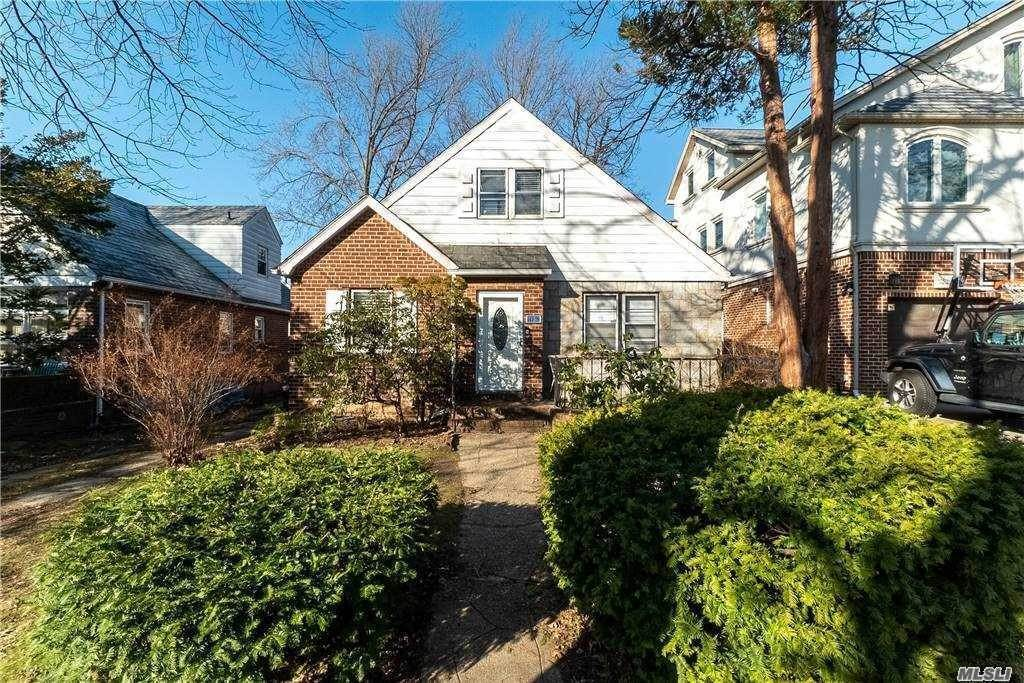 Residential for Sale at 147-29 70th Avenue, Kew Garden Hills, NY 11367 Kew Gardens Hills, New York 11367 United States