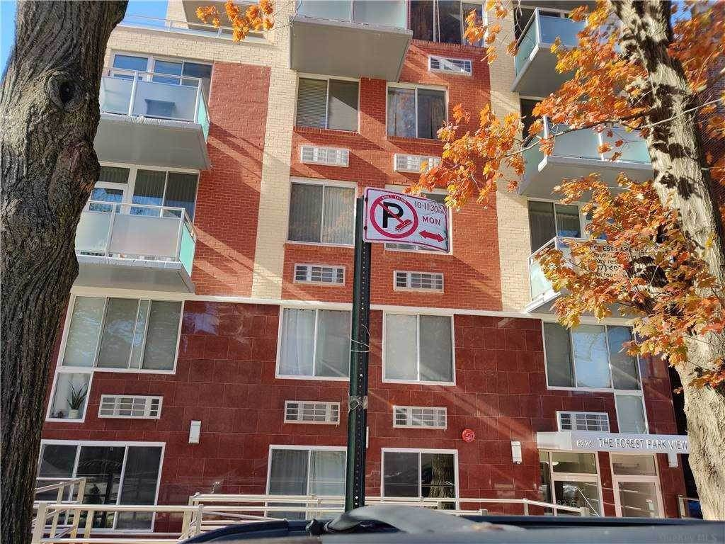 Residential Lease الساعة 82-76 116th Street # 801, Kew Gardens, NY 11418 Kew Gardens, New York 11418 United States