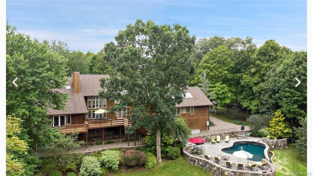 Residential for Sale at 175 Vail Lane North Salem, New York 10560 United States