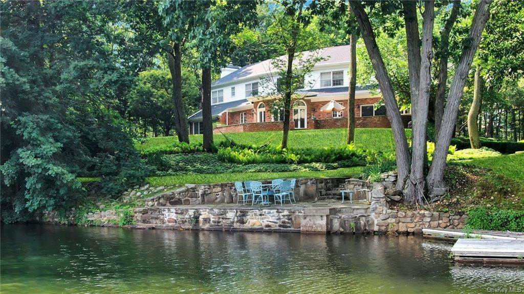 Residential for Sale at 17 Wee Wah Road Tuxedo Park, New York 10987 United States