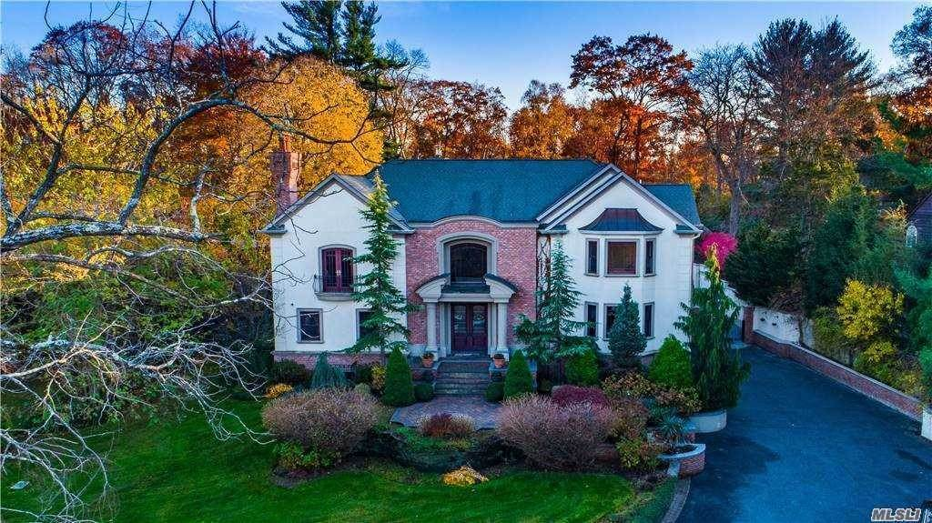 Residential for Sale at 22 Elm Street Woodbury, New York 11797 United States