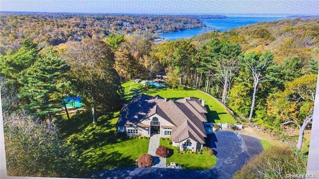 Residential for Sale at 11 Saw Mill Lane Cold Spring Harbor, New York 11724 United States