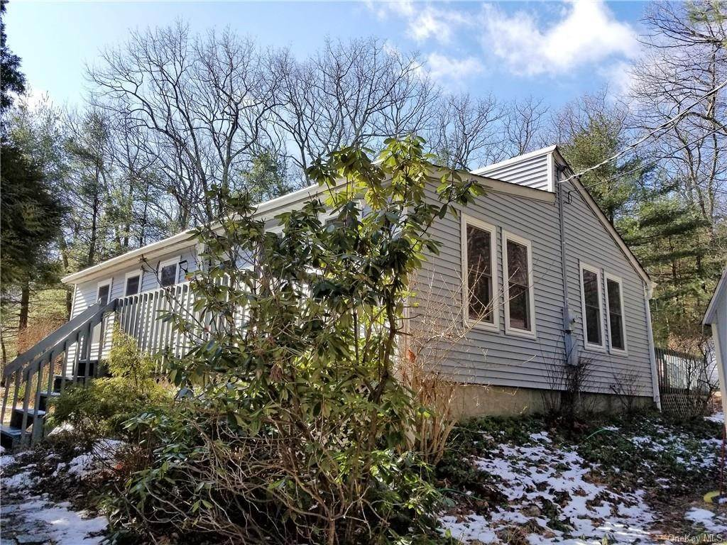 Residential for Sale at 20 Pennington Lane, Deerpark, NY 12746 Huguenot, New York 12746 United States