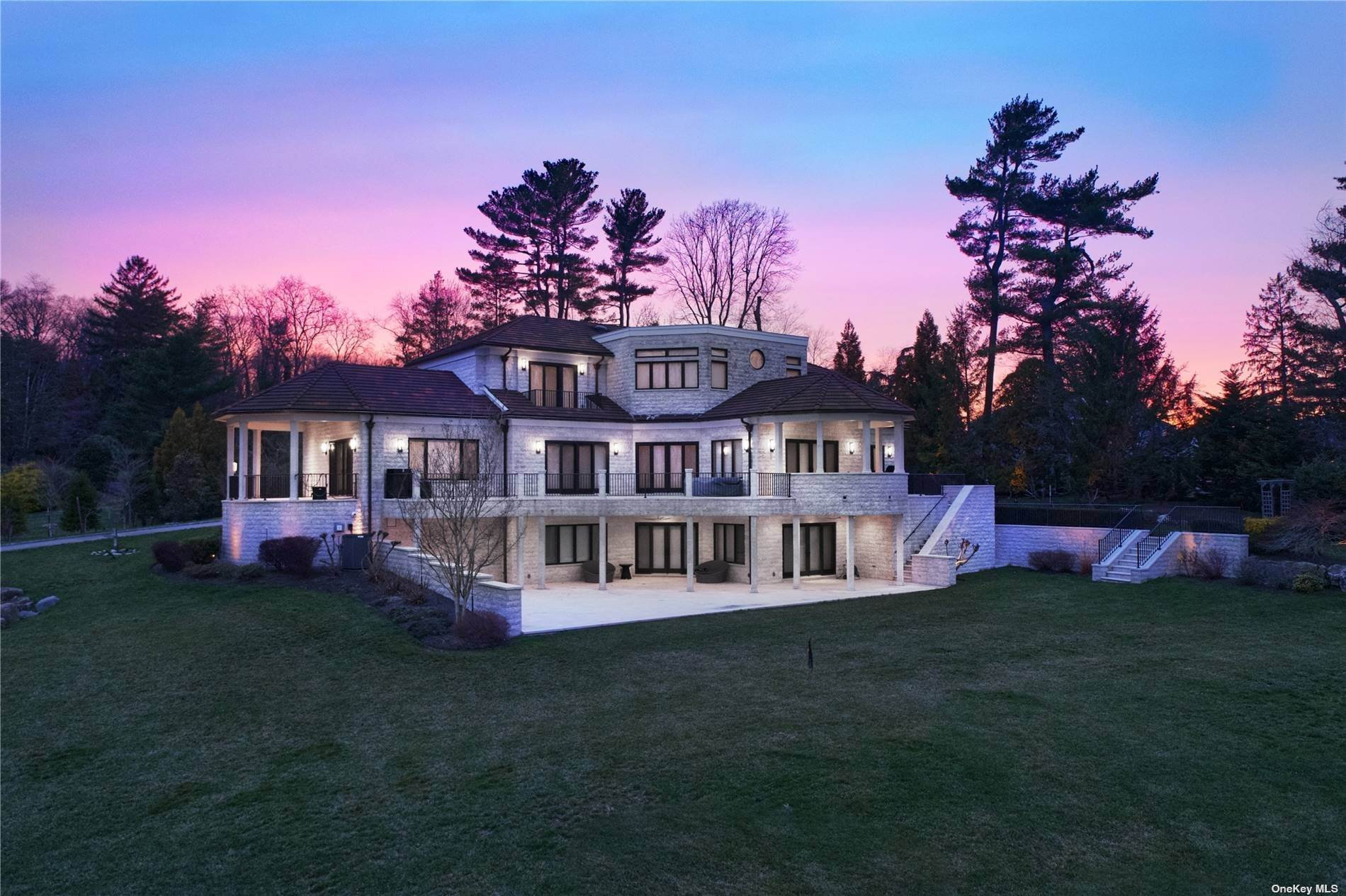 Residential for Sale at 900 W Shore Road Mill Neck, New York 11765 United States