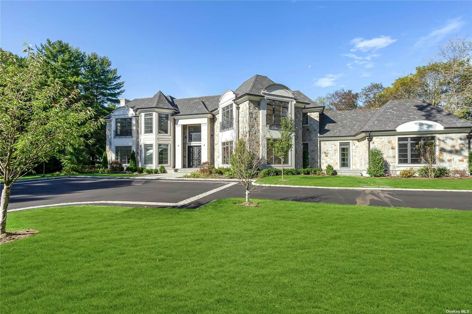 Residential for Sale at 7 Surrey Lane Old Westbury, New York 11568 United States