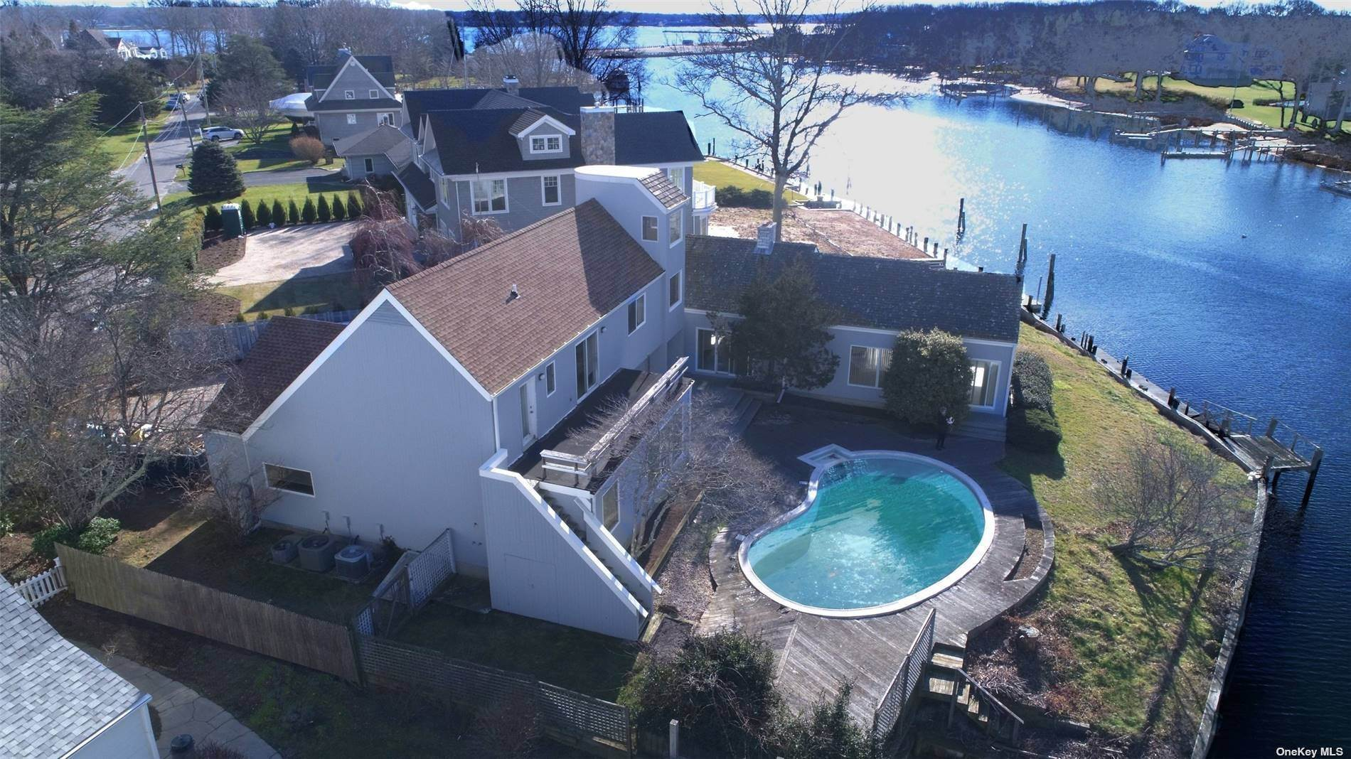 Residential for Sale at 520 Snug Harbor Road Greenport, New York 11944 United States