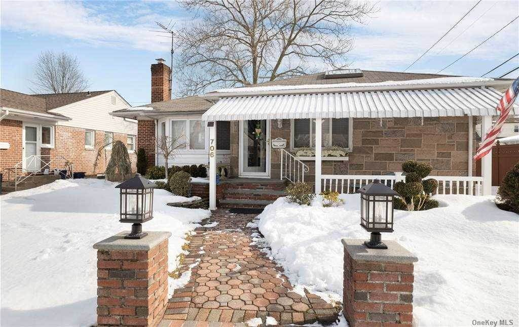 Residential for Sale at 706 Foch Boulevard, Williston Park, NY 11596 Williston Park, New York 11596 United States