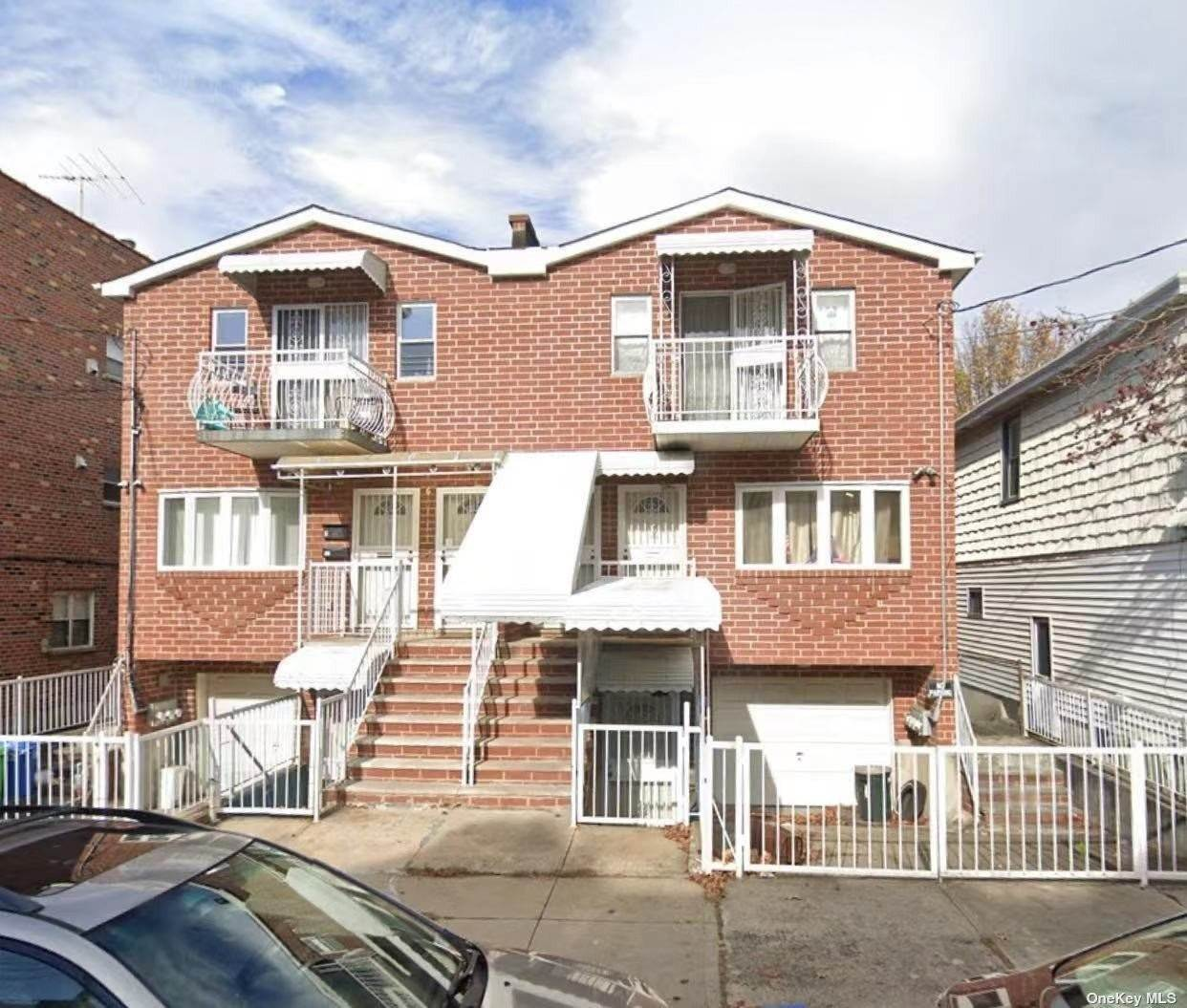 Residential Lease الساعة 66-17 52 Avenue Maspeth, New York 11378 United States
