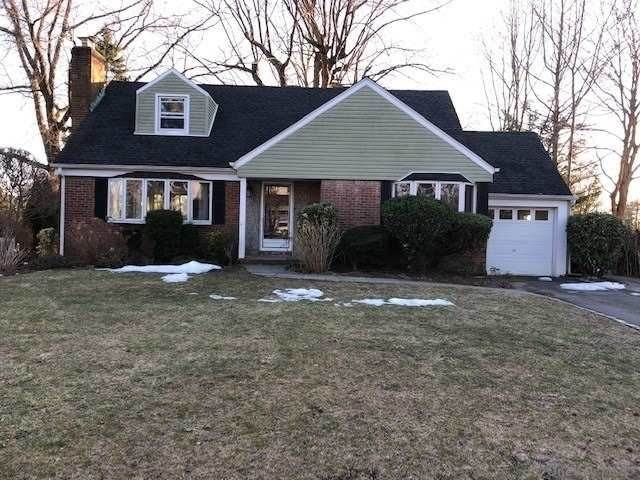 Residential for Sale at 37 Crest Road Manhasset Hills, New York 11040 United States