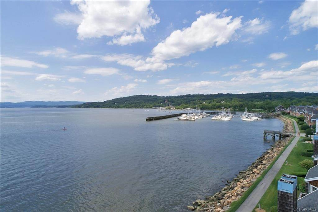Residential Lease at 2006 Half Moon Bay Drive, Cortlandt, NY 10520 Croton On Hudson, New York 10520 United States