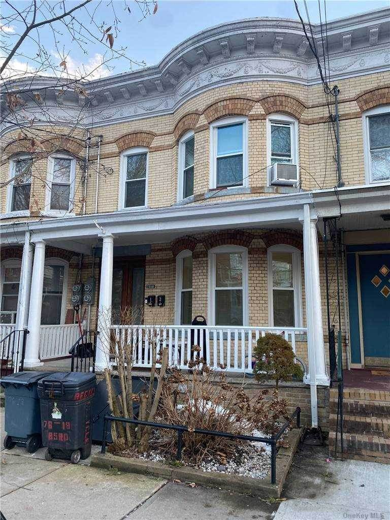 Residential Lease الساعة 76-18 85th Road, Woodhaven, NY 11421 Woodhaven, New York 11421 United States