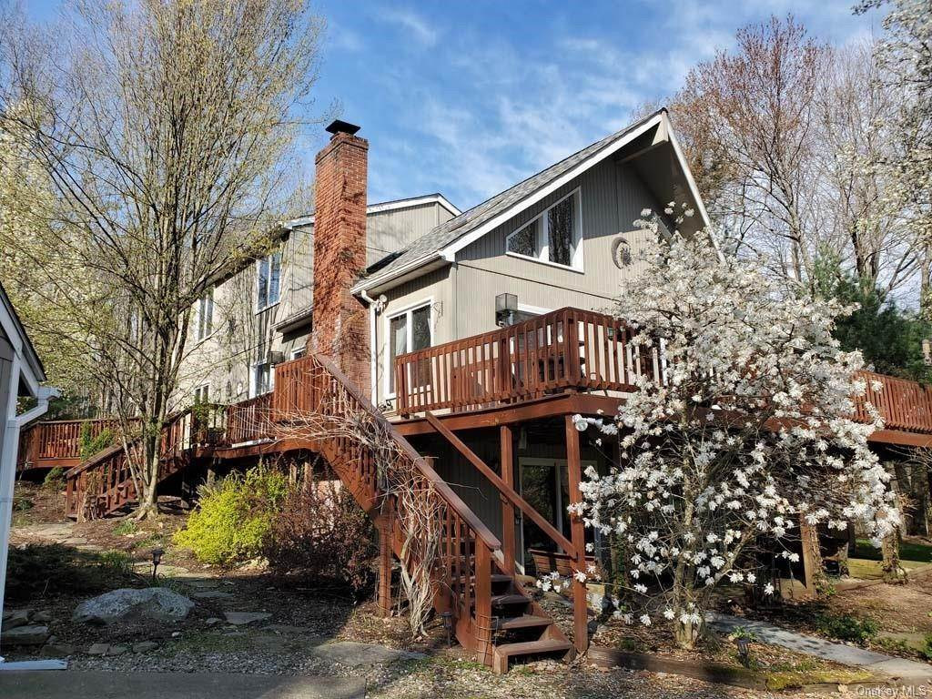 Residential for Sale at 2 Julianna Drive Copake, New York 12516 United States