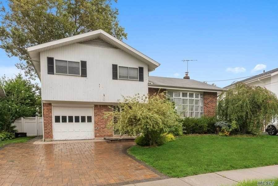Residential for Sale at 1841 Decatur Avenue, N. Bellmore, NY 11710 North Bellmore, New York 11710 United States