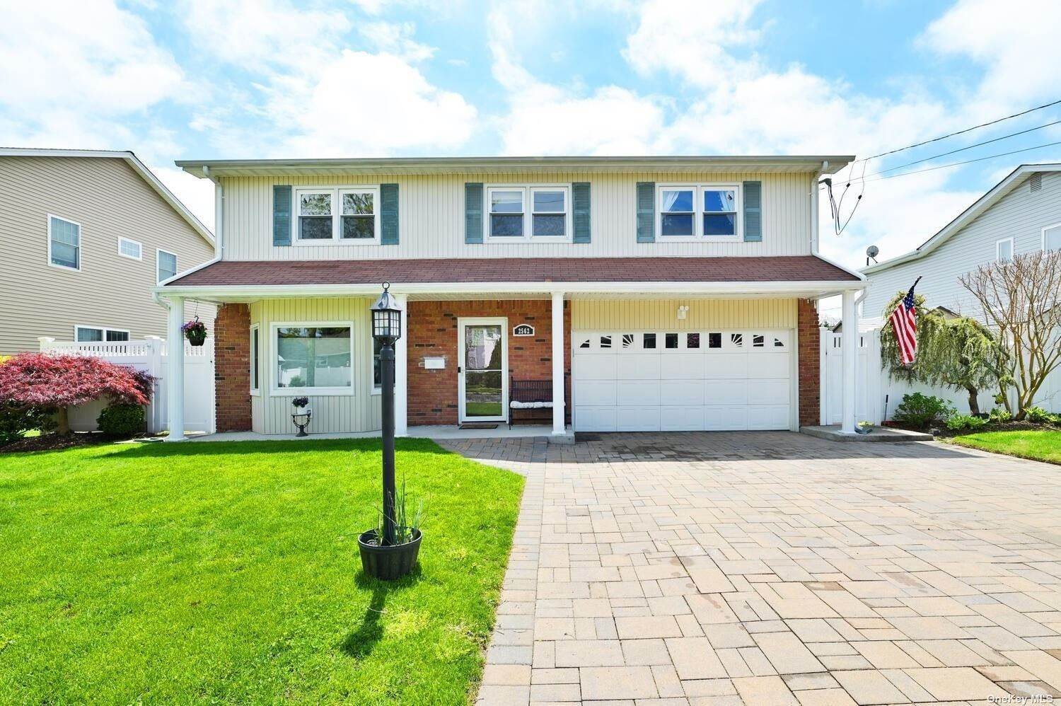 Residential for Sale at 2562 Columbus Avenue North Bellmore, New York 11710 United States