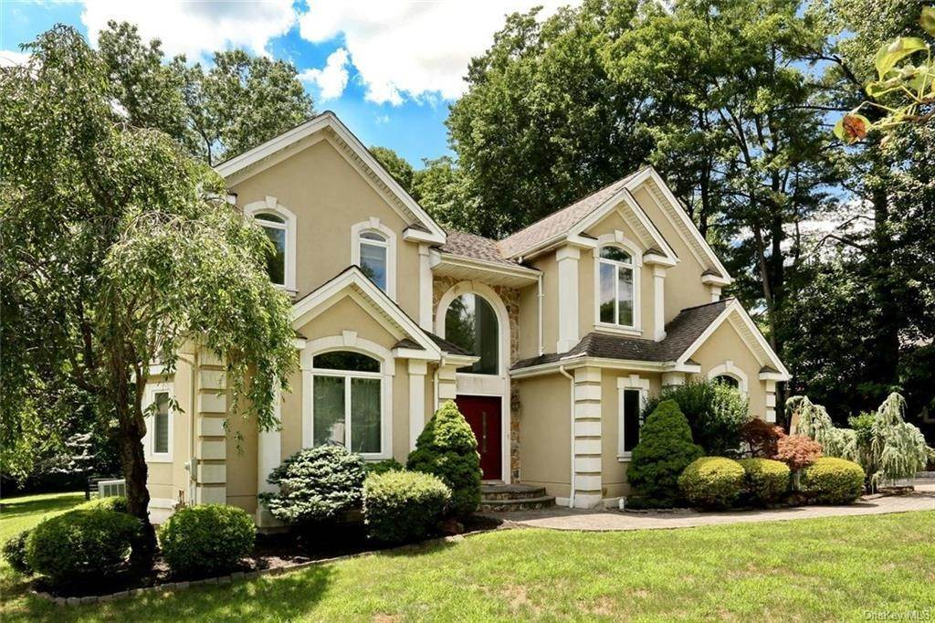 Residential for Sale at 149 Pine Tree Lane, Orangetown, NY 10983 Tappan, New York 10983 United States