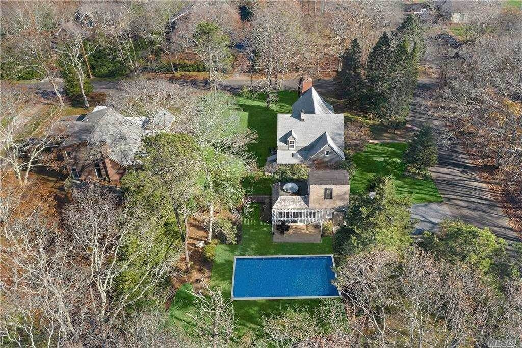 Residential for Sale at 17 Ardsley Road Wainscott, New York 11975 United States