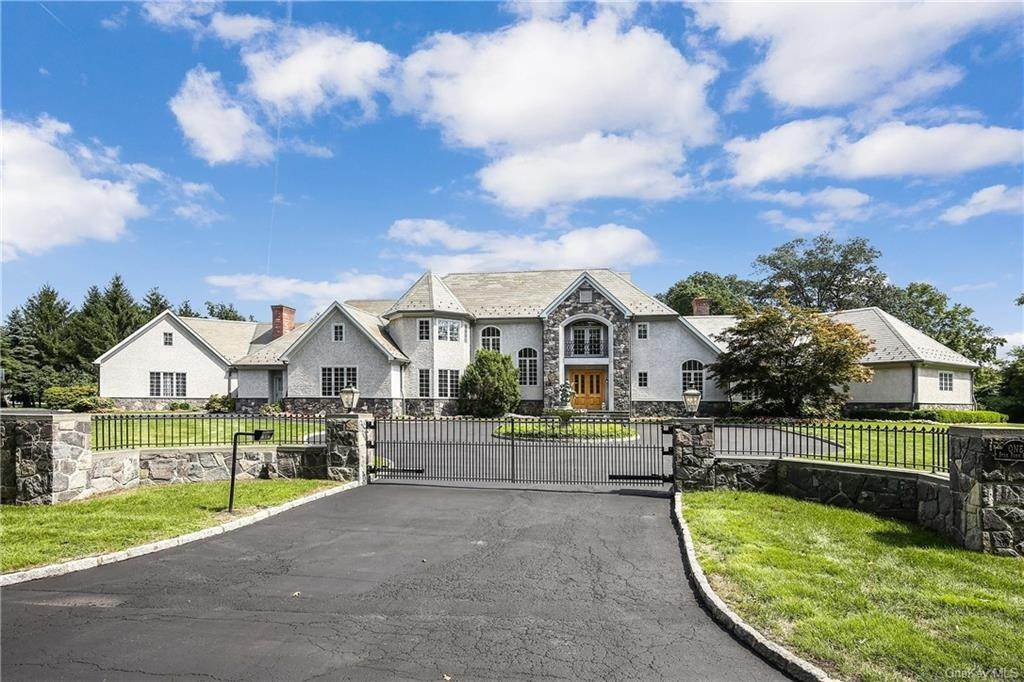 Residential for Sale at 1 Star Farm Road Purchase, New York 10577 United States