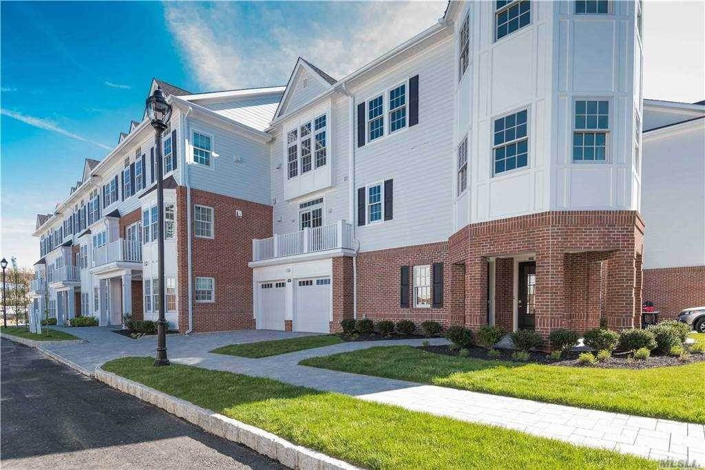 Residential for Sale at 705 Mill Creek N # 705, Roslyn, NY 11576 Roslyn, New York 11576 United States
