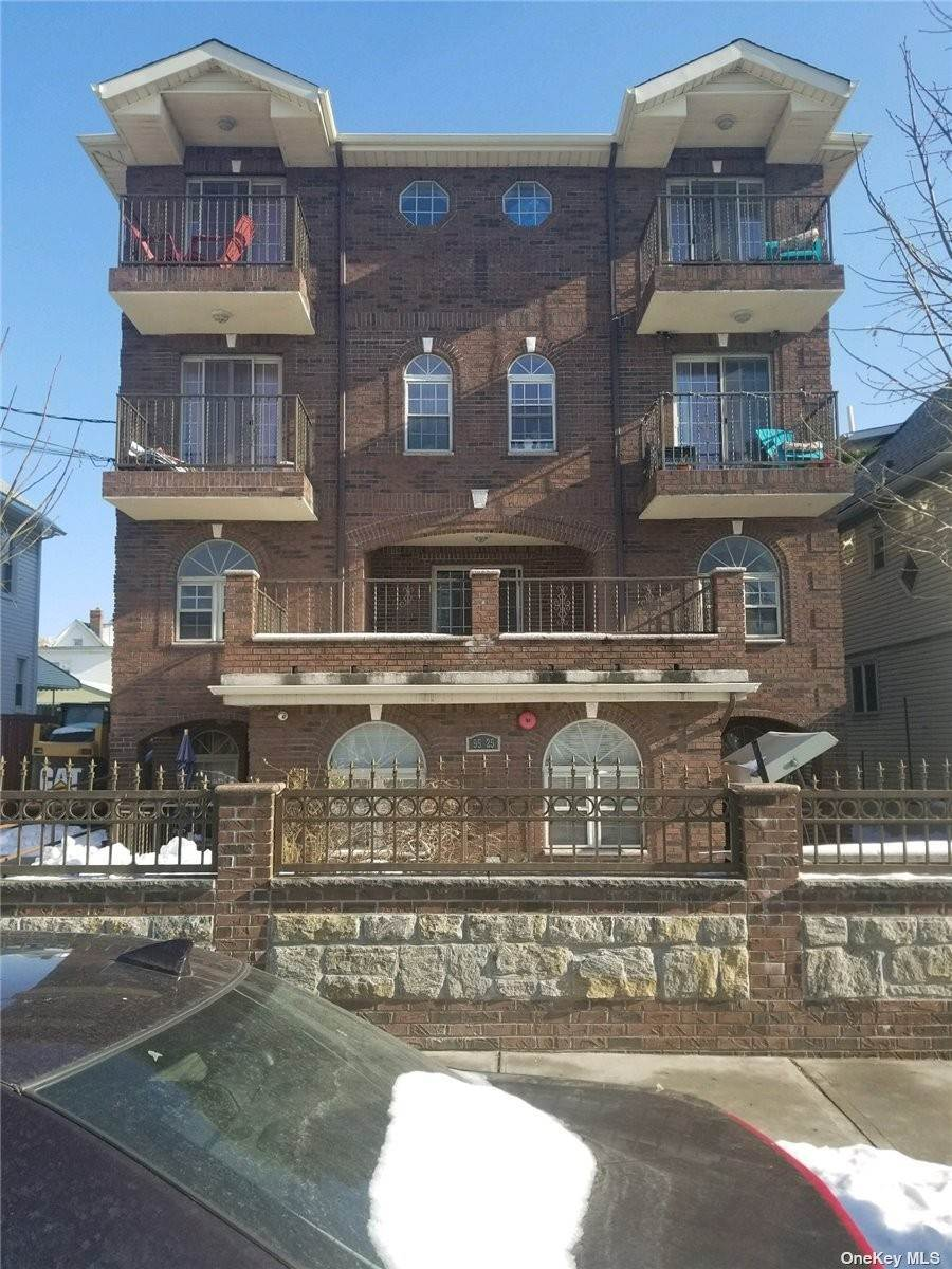 Residential Income for Sale at 95-25 123rd Street Richmond Hill, New York 11418 United States