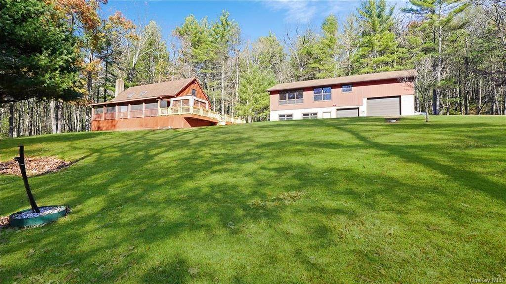 Residential for Sale at 36 Crooked Lane, Lumberland, NY 12737 Glen Spey, New York 12737 United States