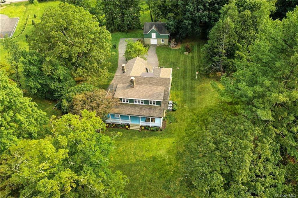 Residential for Sale at 815 Old Kitchawan Road N, Yorktown, NY 10562 Ossining, New York 10562 United States
