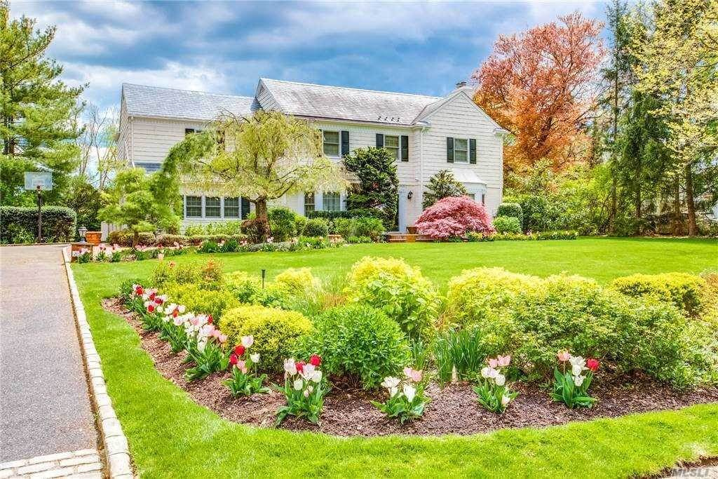 Residential for Sale at 891 Ivy Hill Road, Woodsburgh, NY 11598 Woodsburgh, New York 11598 United States