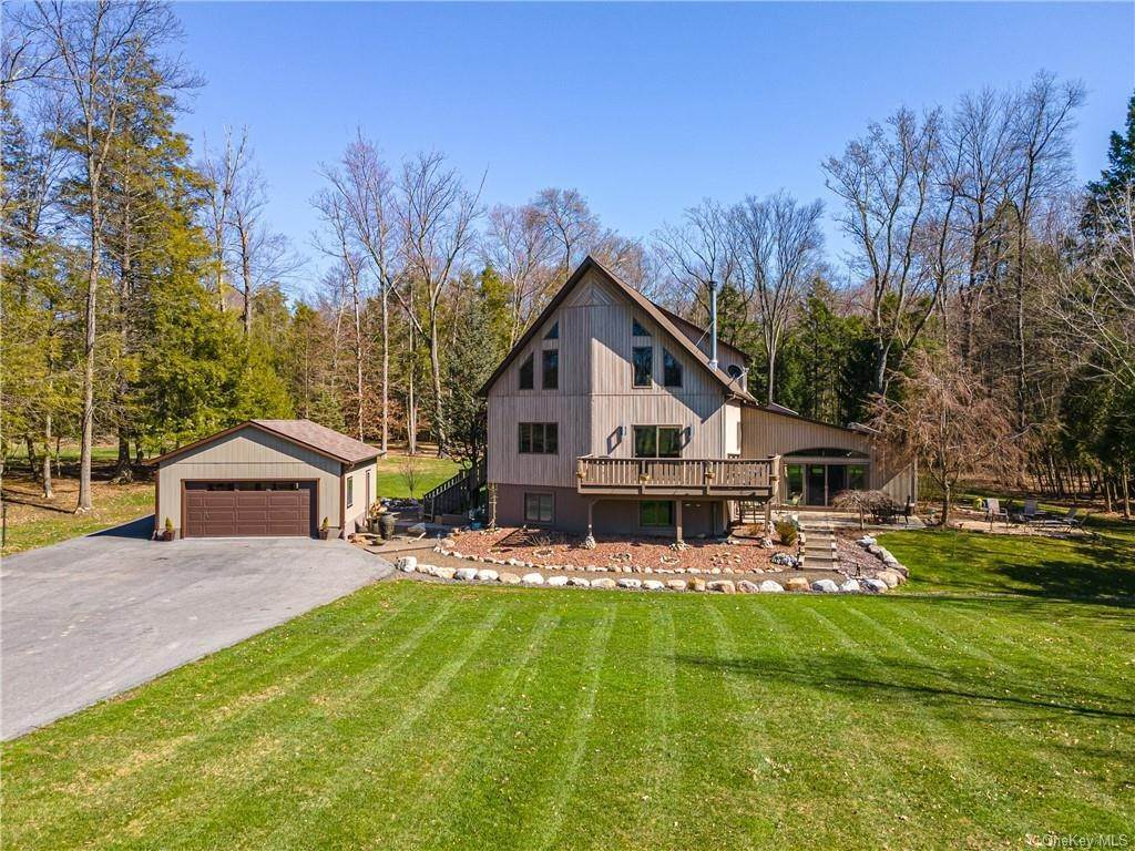 Residential for Sale at 208 Red Mills Road Pine Bush, New York 12566 United States