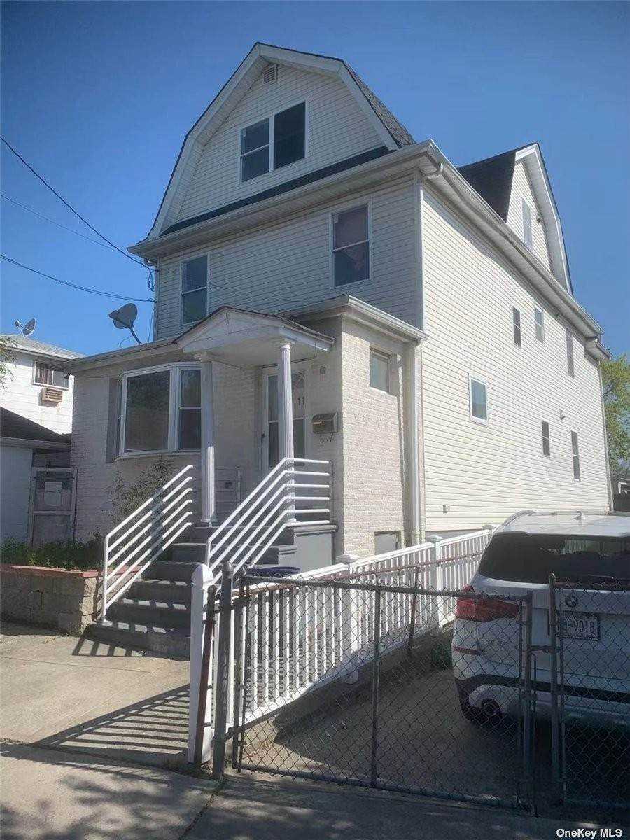 Residential Lease الساعة 48-11 Colden Street # 2FL Flushing, New York 11354 United States