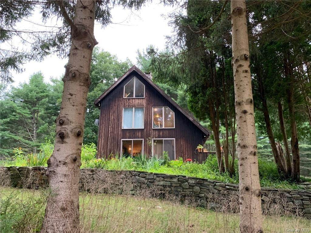 Residential for Sale at 111 Griffin Road, Forestburgh, NY 12729 Forestburgh, New York 12729 United States