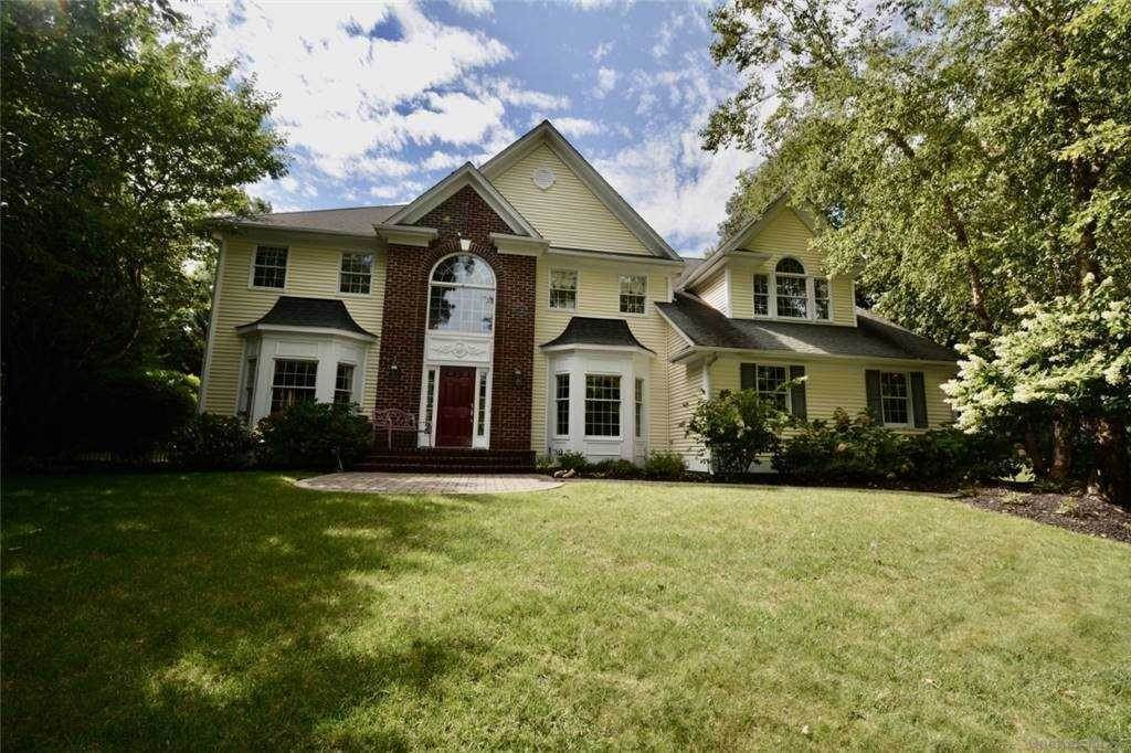 Residential for Sale at 3 Overton Pass St. James, New York 11780 United States