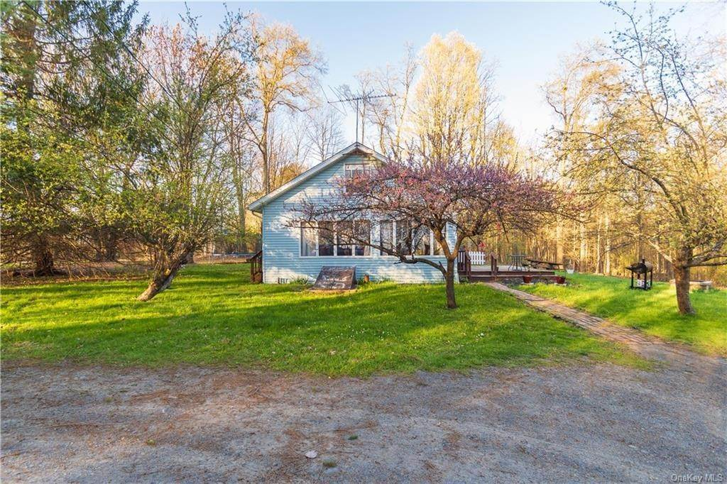 Residential for Sale at 25 Roome Road Circleville, New York 10919 United States