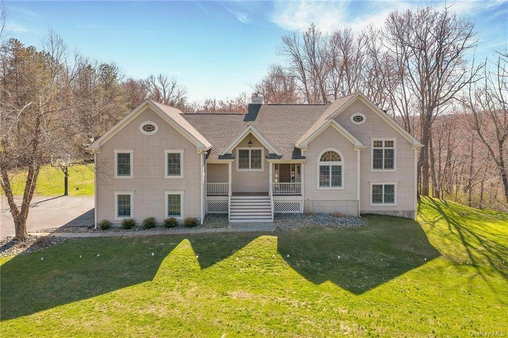Residential for Sale at 10 Fox Run Road Croton On Hudson, New York 10520 United States