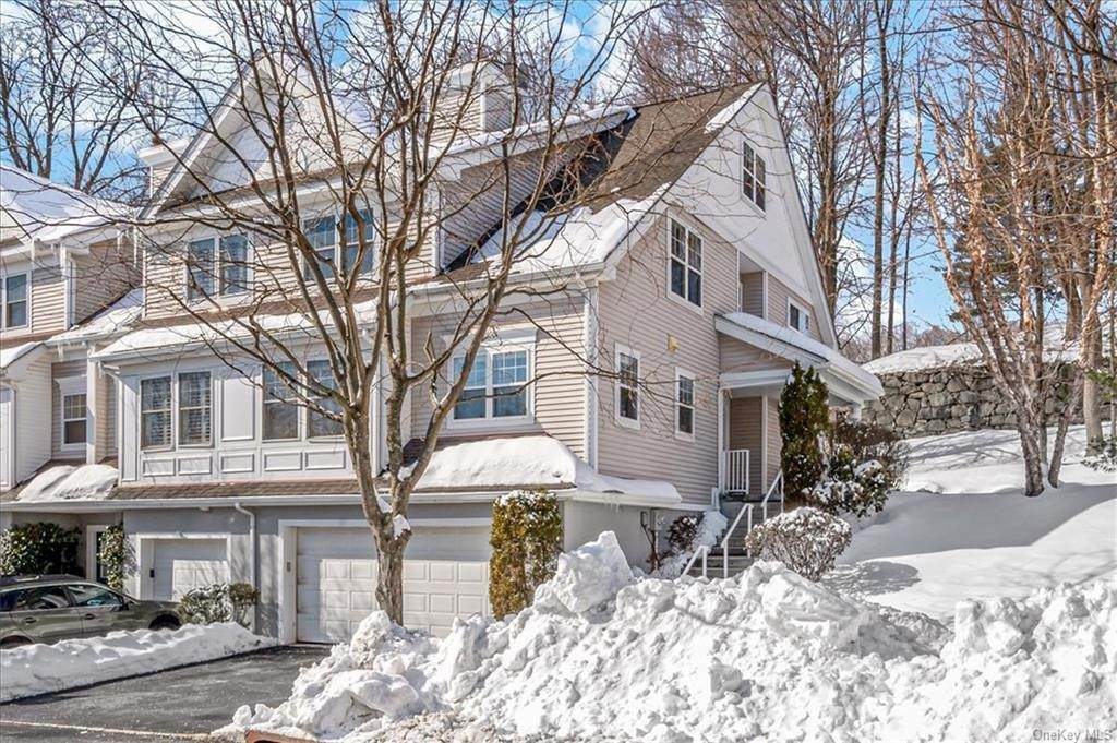 Residential for Sale at 87 Hillcrest Lane Peekskill, New York 10566 United States