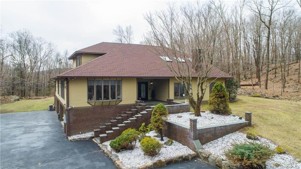 Residential for Sale at 1099 E Mombasha Road Monroe, New York 10950 United States