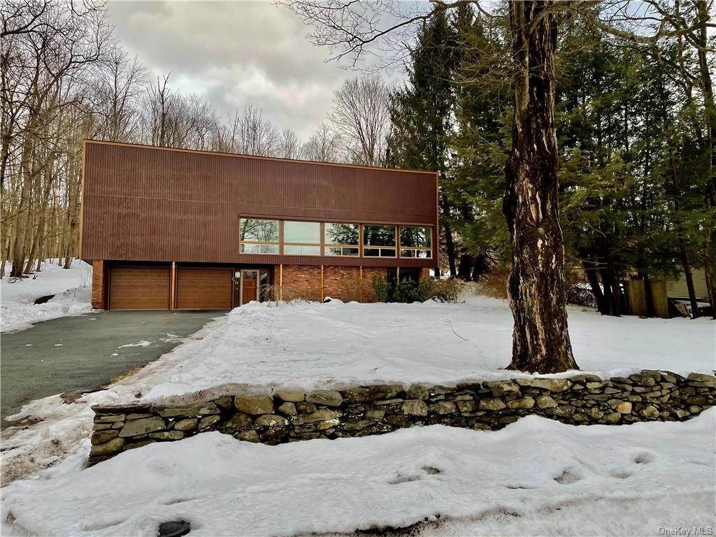 Residential for Sale at 20 S Creek Road Staatsburg, New York 12580 United States