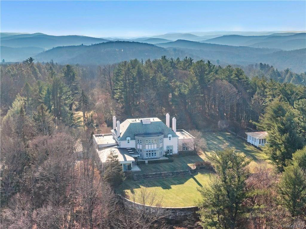 Residential for Sale at 94 Pine Hill Road Tuxedo Park, New York 10987 United States