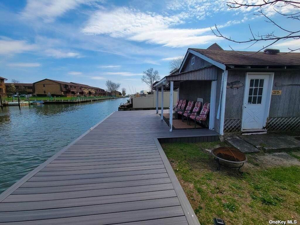 Residential for Sale at 177 Baylawn Avenue Copiague, New York 11726 United States