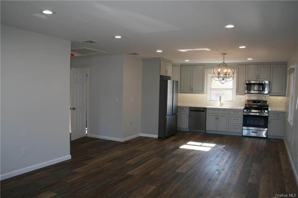 Residential Lease at 101 Crystal Street # 2, Harrison, NY 10528 Harrison, New York 10528 United States