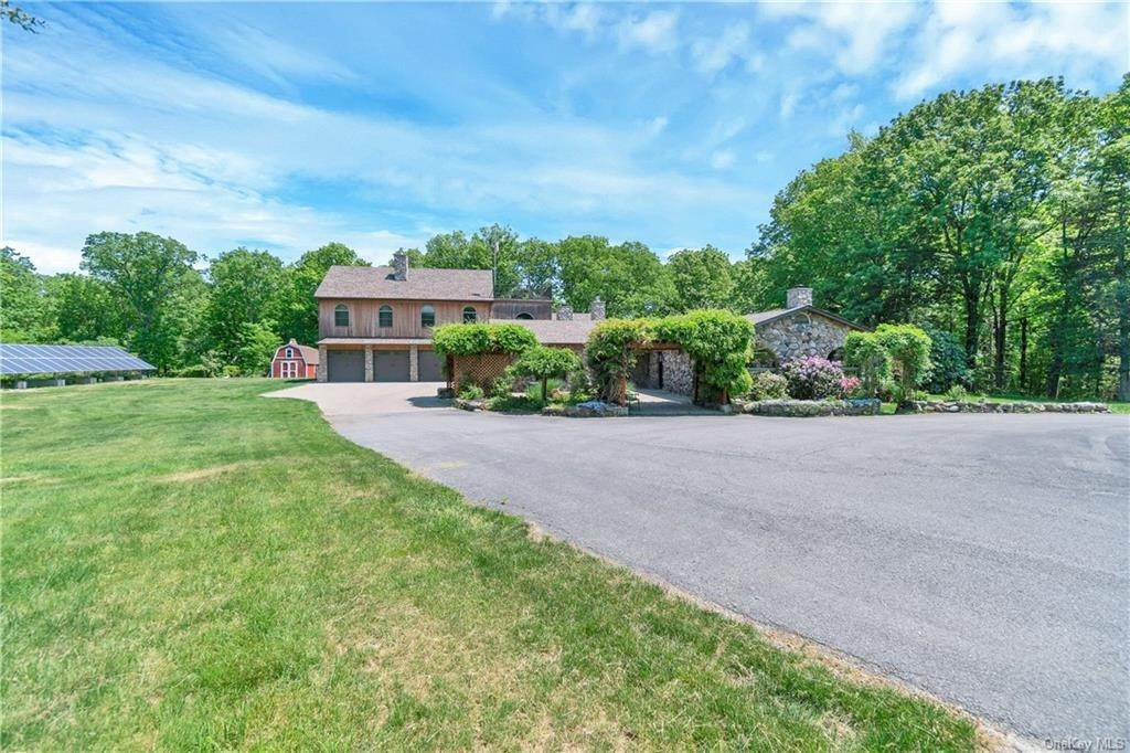 Residential for Sale at 284 Cedar Cliff Road Monroe, New York 10950 United States
