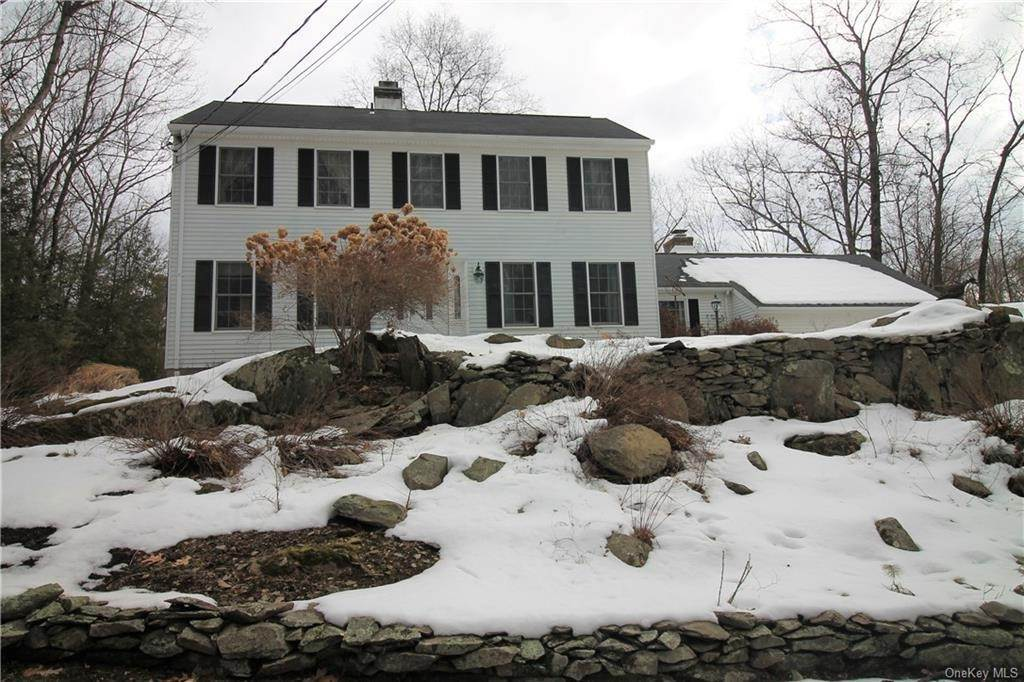 Residential for Sale at 14 Hollow Ridge Road Staatsburg, New York 12580 United States