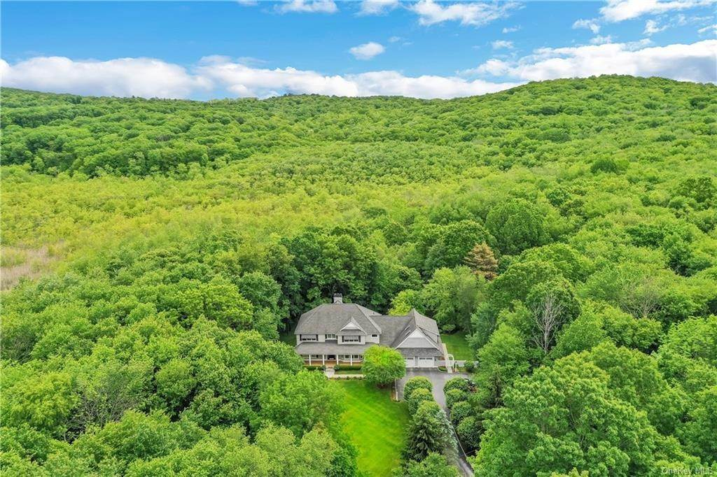 Residential for Sale at 144 Fields Corner Road Carmel, New York 10512 United States