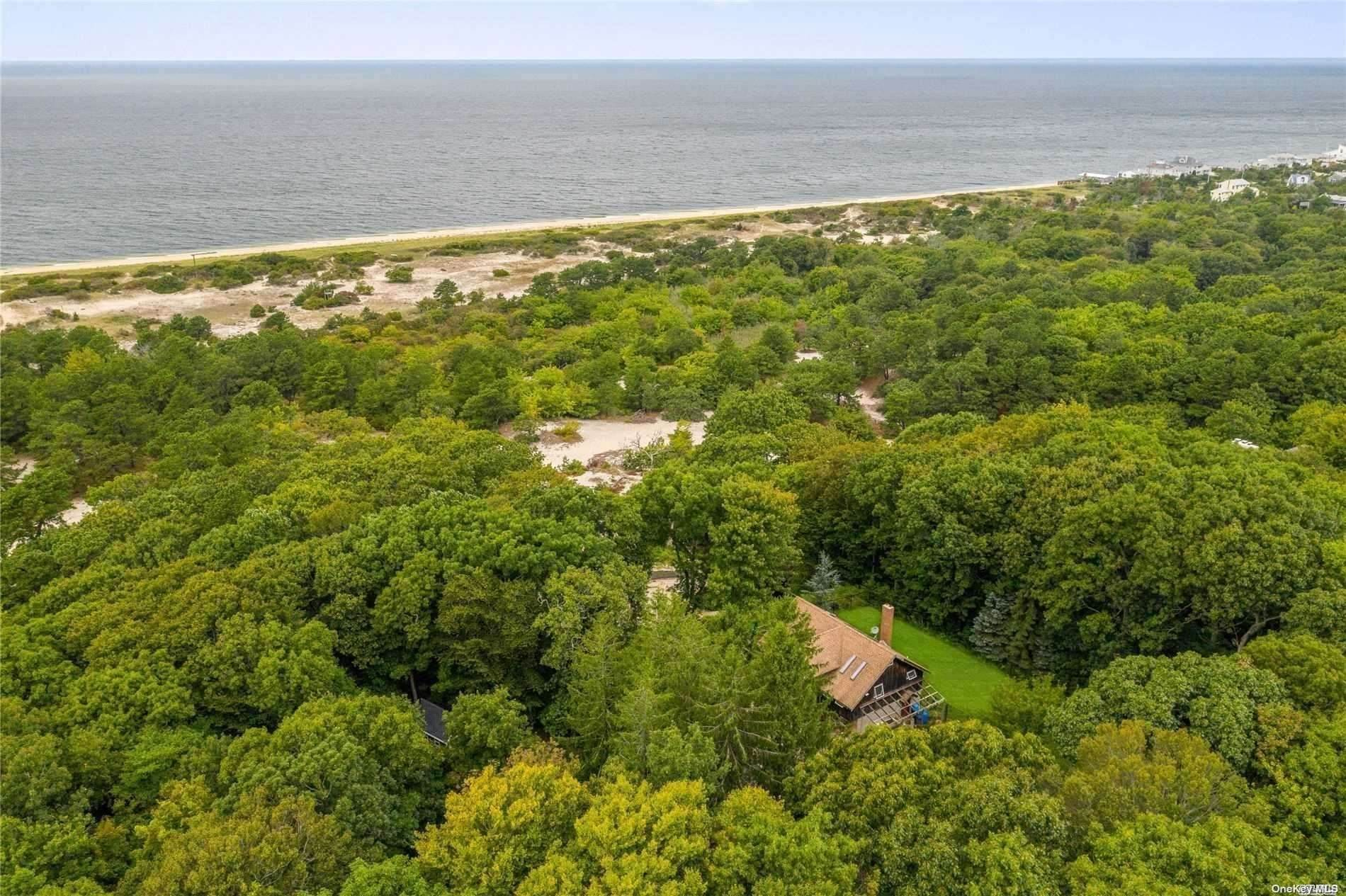 Residential for Sale at 5615 Soundview Avenue Southold, New York 11971 United States