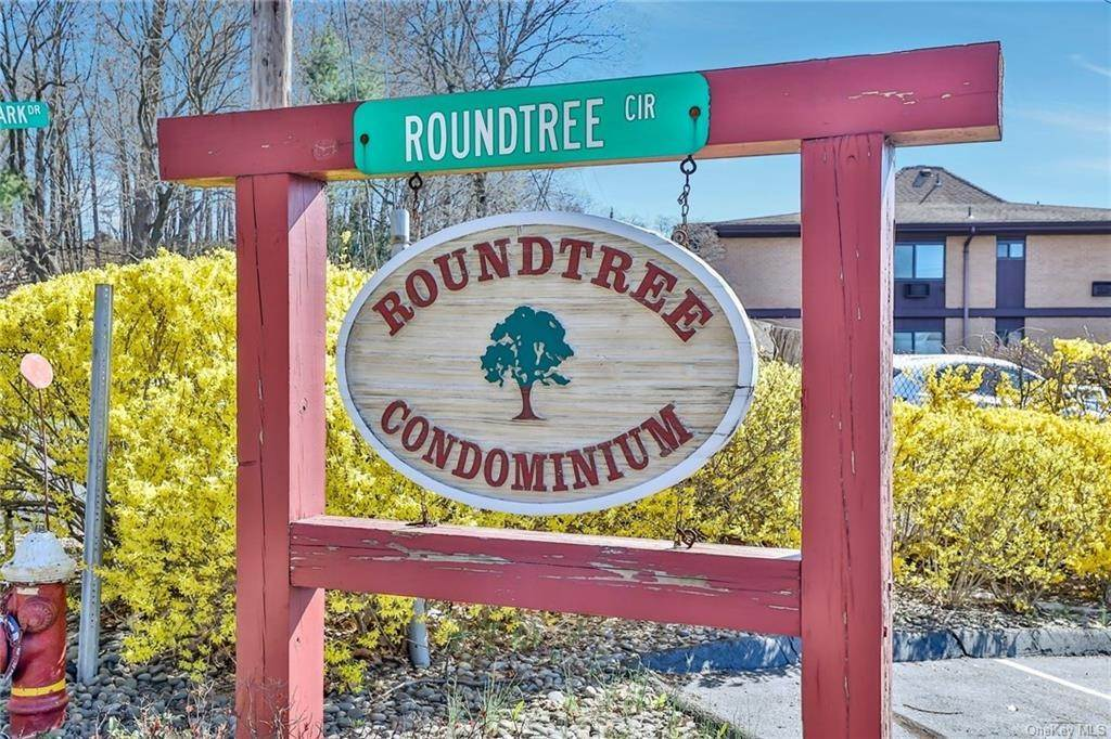 Residential for Sale at 12 Roundtree Circle Piermont, New York 10968 United States