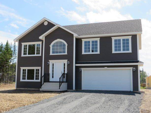 Residential for Sale at 5 Lindsey Court, Plattekill, NY 12568 Plattekill, New York 12568 United States