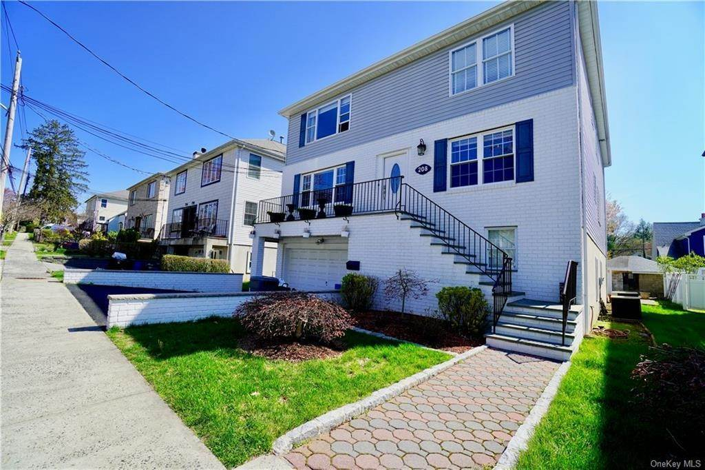 Residential Lease at 208 Truman Avenue # 2 Yonkers, New York 10703 United States