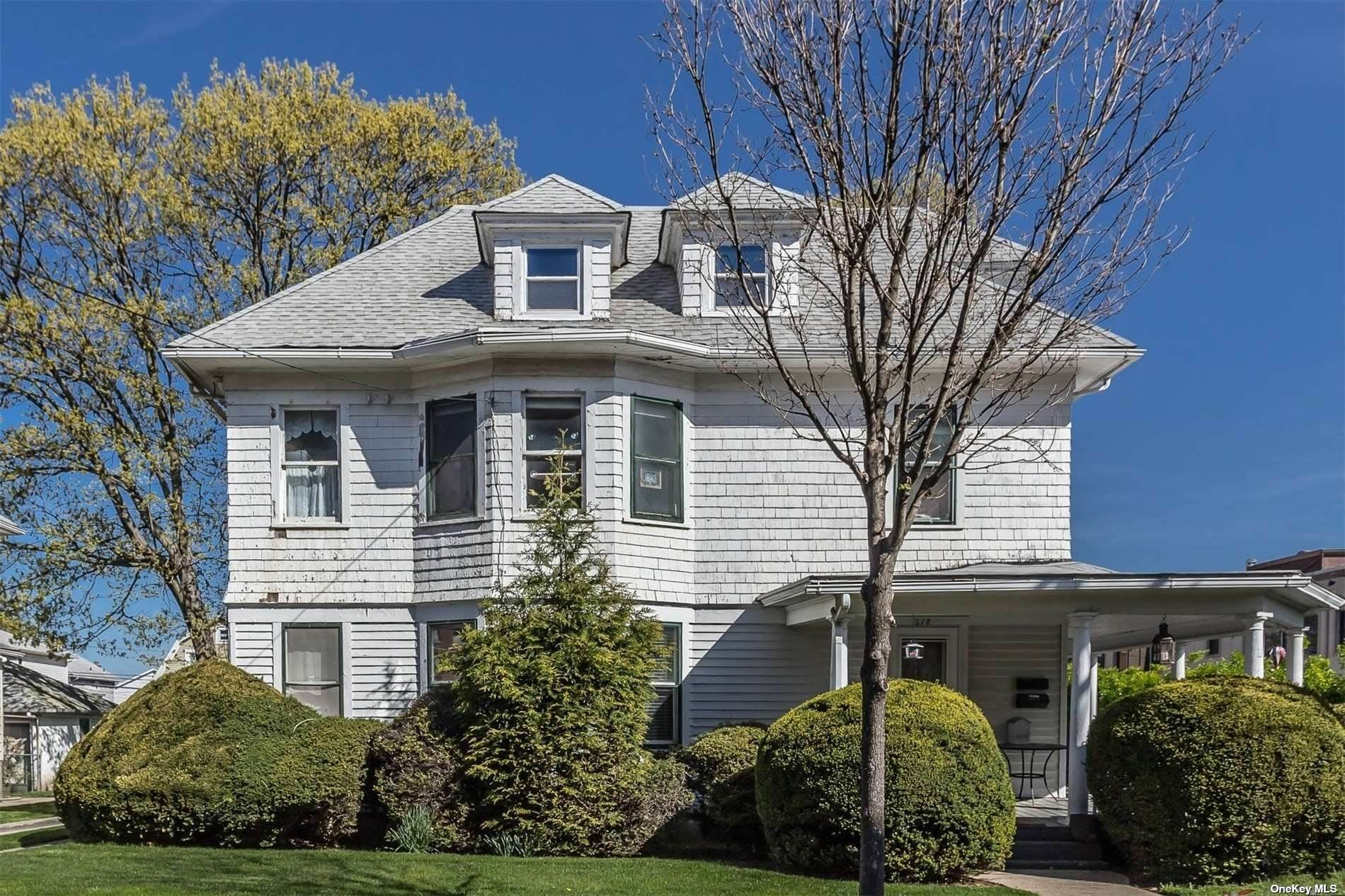 Residential Income for Sale at 218 Harrison Avenue Mineola, New York 11501 United States