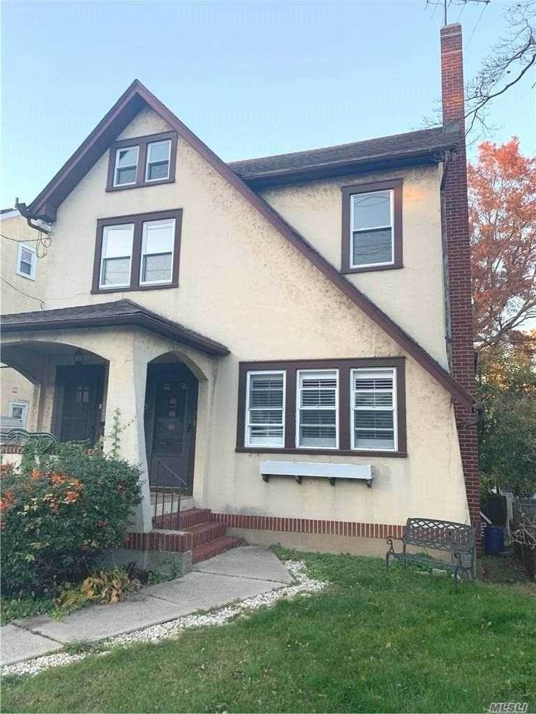Residential Lease at 46 Orchard Street, Oyster Bay, NY 11771 Oyster Bay, New York 11771 United States