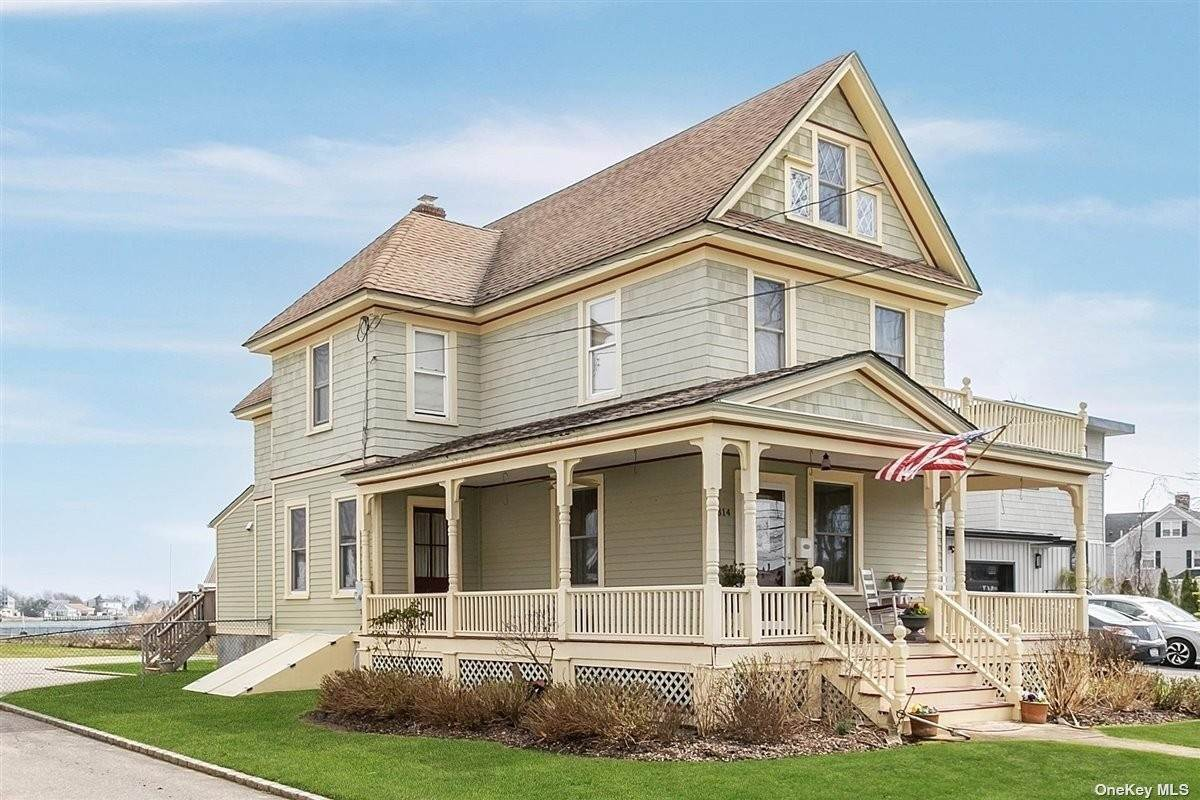Residential for Sale at 314 Ocean Avenue Amityville, New York 11701 United States