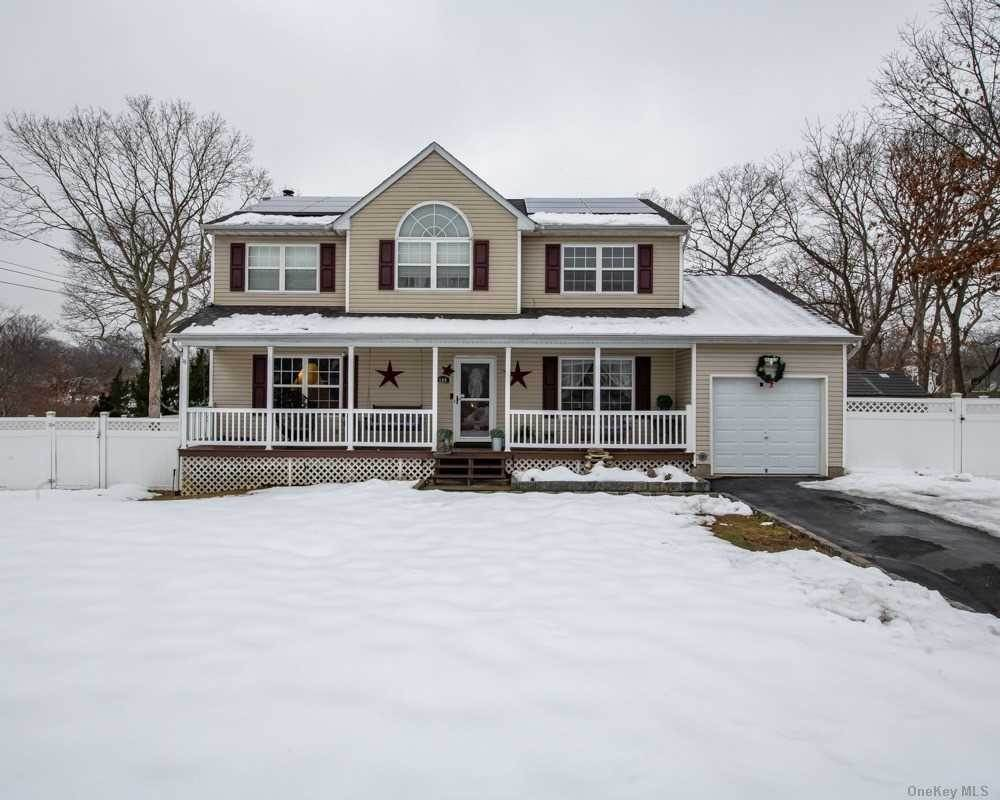 Residential for Sale at 144 Wendy Drive, Holtsville, NY 11742 Holtsville, New York 11742 United States